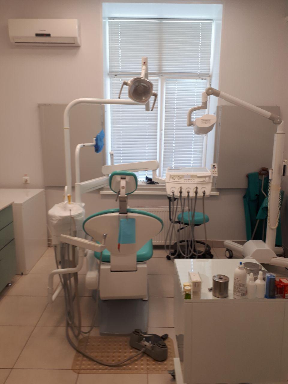 Стоматологический кабинет ДЕНТИК+